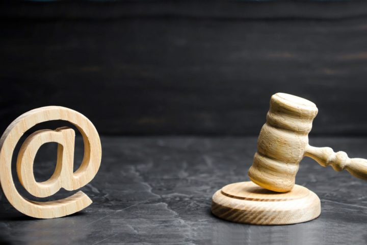 Email for Lawyers: Keep Client Communications Confidential